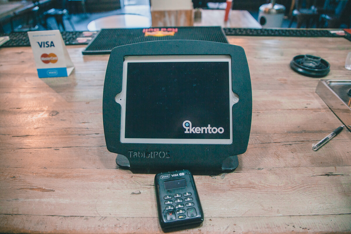 An image of a Yoco device integrating with iKentoo.