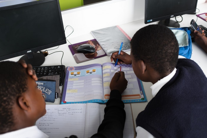Students learning at Velokhaya.