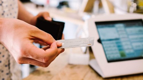 5 reasons your business should be accepting card payments